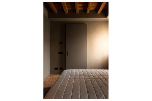 dettaglio porta camera da letto